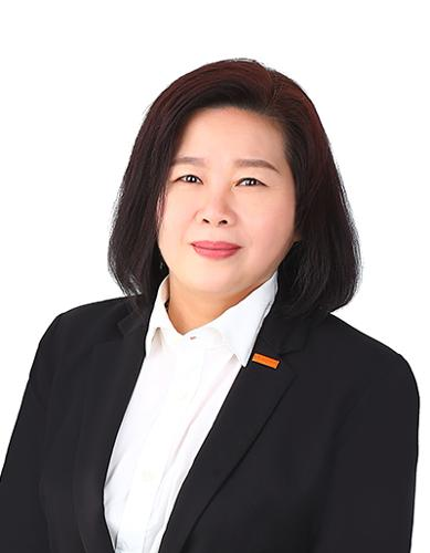 Eileen Wong agent photo