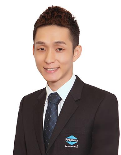 Aaron Yong agent photo