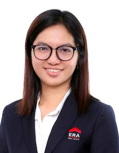 Eileen Gwee agent photo