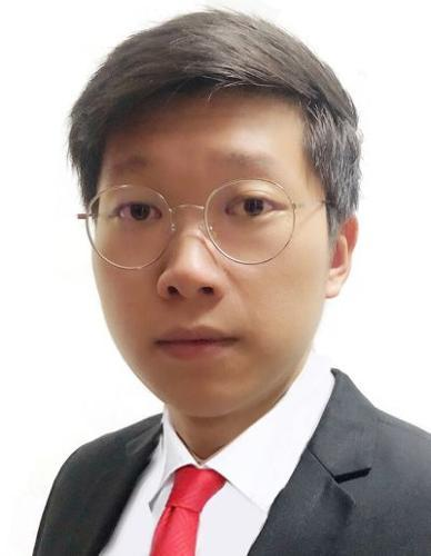 Charles Huang agent photo