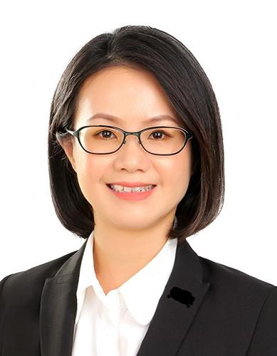 Esther Khoo agent photo